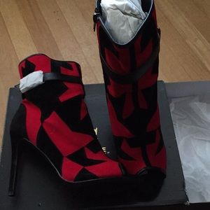 Heeled Above the Ankle Boots